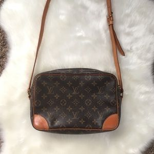 Louis Vuitton Bags - Authentic Louis Vuitton Monogram Trocadero Bag